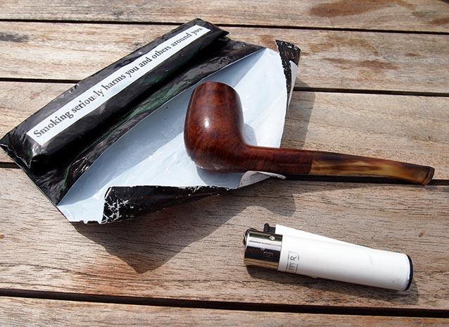 Pipe Smoking - Long Term Travel
