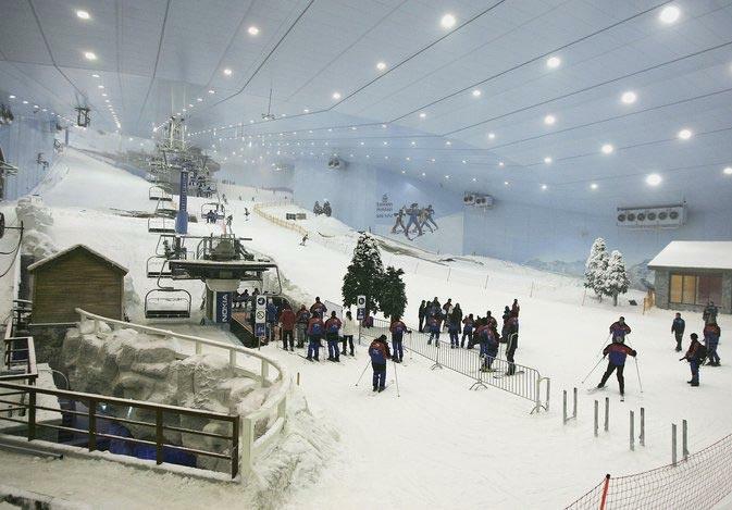 Long Term Travel - Going to Dubai - Skiing in Dubai